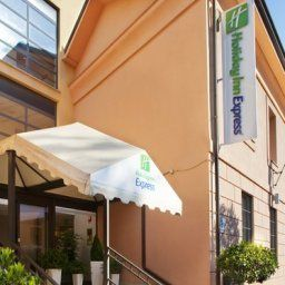 Außenansicht Holiday Inn Express ROME - SAN GIOVANNI Fotos
