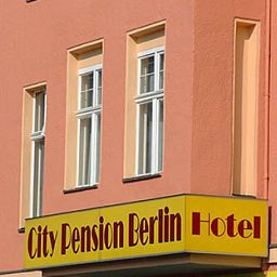 Exterior view City Pension Fotos
