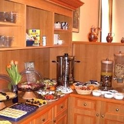 Buffet City Pension Fotos