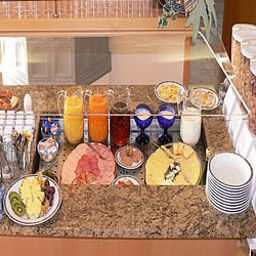 Buffet Kleindienst Garni Fotos