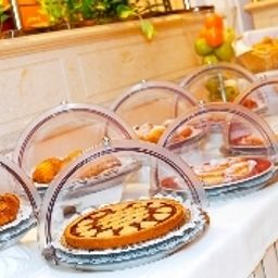 Buffet Four Points by Sheraton Milan Center Fotos