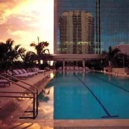Pool Conrad Miami Fotos