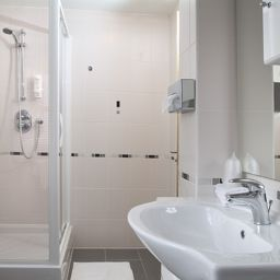 Bathroom Best Western Victoria Palace Annexe Rooms Fotos