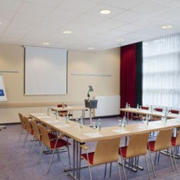 Conference room Holiday Inn Express FRANKFURT - MESSE Fotos