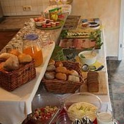 Buffet Kaiser Friedrich Apartmenthotel Fotos