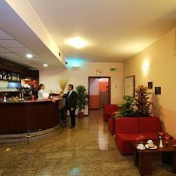 Bar Majestic Linate Airport - Milan Fotos