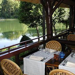 Restaurant Les Etangs de Corot Small Luxury Hotel Fotos