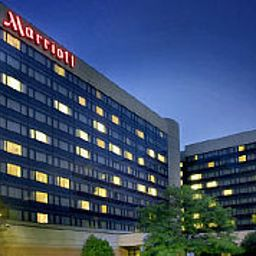 Widok zewnętrzny Newark Liberty International Airport Marriott Fotos