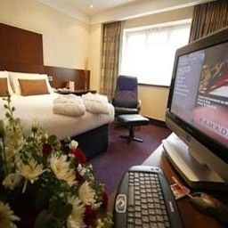 Business room Ramada Guildford Fotos
