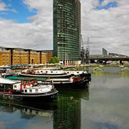 Фасад West India Quay Marriott Executive Apartments London Fotos