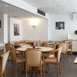 Breakfast room Balladins Cannes le Cannet Fotos