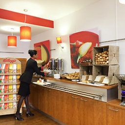 Breakfast room within restaurant ibis London Excel Docklands Fotos