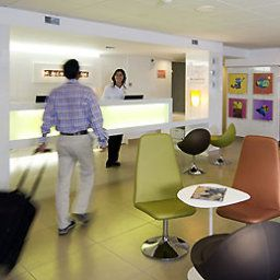 Frhstcksraum im Restaurant ibis Styles Bordeaux Aeroport (ex all seasons) Fotos