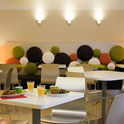 Breakfast room within restaurant ibis Styles Paris Gare de l'Est Château Landon (ex all seasons) Fotos