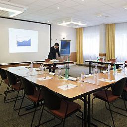 Conference room Novotel Saint Quentin Golf National Fotos