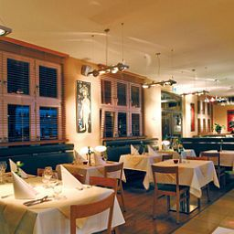 Restaurante ACHAT Plaza Herzog am Dom Fotos