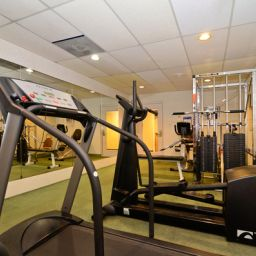 Wellness/fitness area BEST WESTERN PLUS Murray Hill Inn & Suites Fotos
