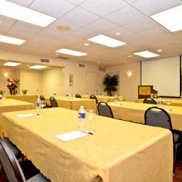 Conference room BEST WESTERN PLUS Murray Hill Inn & Suites Fotos