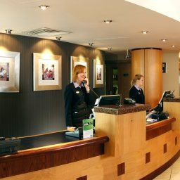 Hall Holiday Inn WOKING Fotos