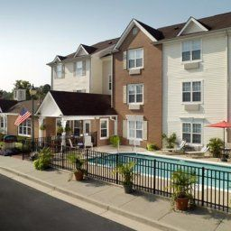 Vista exterior TownePlace Suites Atlanta Norcross/Peachtree Corners Fotos