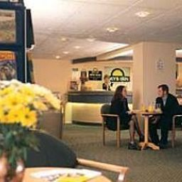 Холл Days Inn Bristol Welcome Break Service Area Fotos
