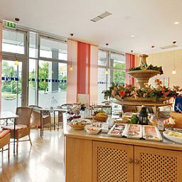 Buffet ACHAT Apart Serviced Apartments Fotos