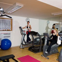 Sala fitness Aktiv & Family Alpina Fotos