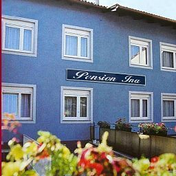 Exterior view Ina Pension Fotos