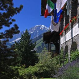 Außenansicht Mont Blanc Hotel Village Chateaux et Hotels Collection Fotos