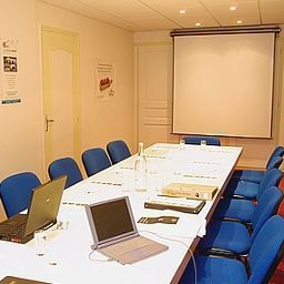 Conference room Des 3 Iles Logis Fotos