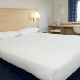 Номер TRAVELODGE LONDON DOCKLANDS Fotos