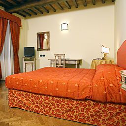 Room Relais dell`Olmo Fotos