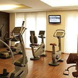 Wellness/fitness area Therme Meran Fotos
