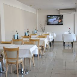 Breakfast room within restaurant Piraeus Dream Fotos