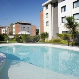 Pool Holiday Inn Express TOULOUSE AIRPORT Fotos