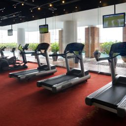 Fitness lebua at State Tower Fotos