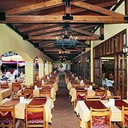 Restaurant Pigale Beach Resort Fotos