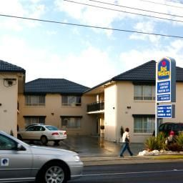 Vista exterior BEST WESTERN Fawkner Airport Motor Inn & Serviced Apart Fotos