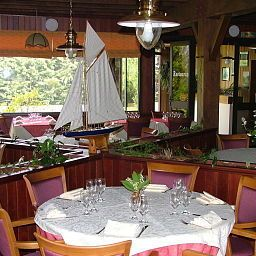 Restaurant Les Dineux Village Fotos