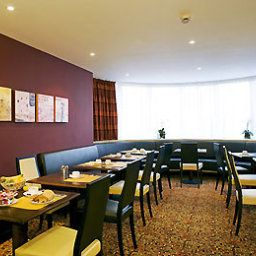 Breakfast room within restaurant Mercure Rennes Cesson Fotos