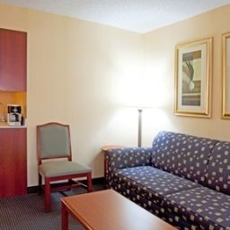 Suite Holiday Inn Express Hotel & Suites BUFFALO-AIRPORT Fotos