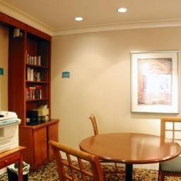 Vista all'interno Staybridge Suites INDIANAPOLIS-FISHERS Fotos