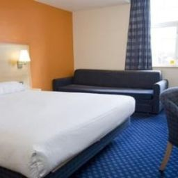 Room TRAVELODGE LEATHERHEAD Fotos