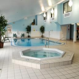 Pool ND  Fargo Country Inn & Suites By Carlson Fotos