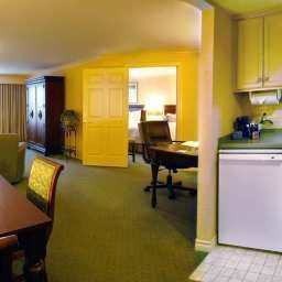 Suite Hampton Inn BuffaloWilliamsville Fotos