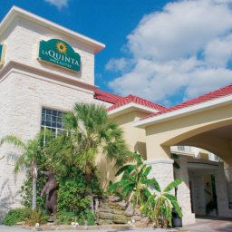 Exterior view La Quinta Inn & Suites Kingwood Fotos