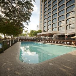 Pool Radisson Hotel & Suites Austin Downtown Fotos