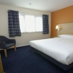 TRAVELODGE SWANSEA M4 Swansea