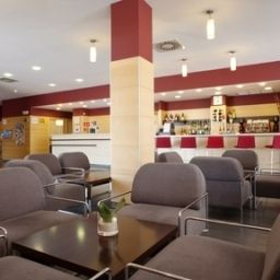 Bar Holiday Inn Express MALAGA AIRPORT Fotos