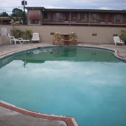 Piscine America's Best Inns Huntsville Fotos